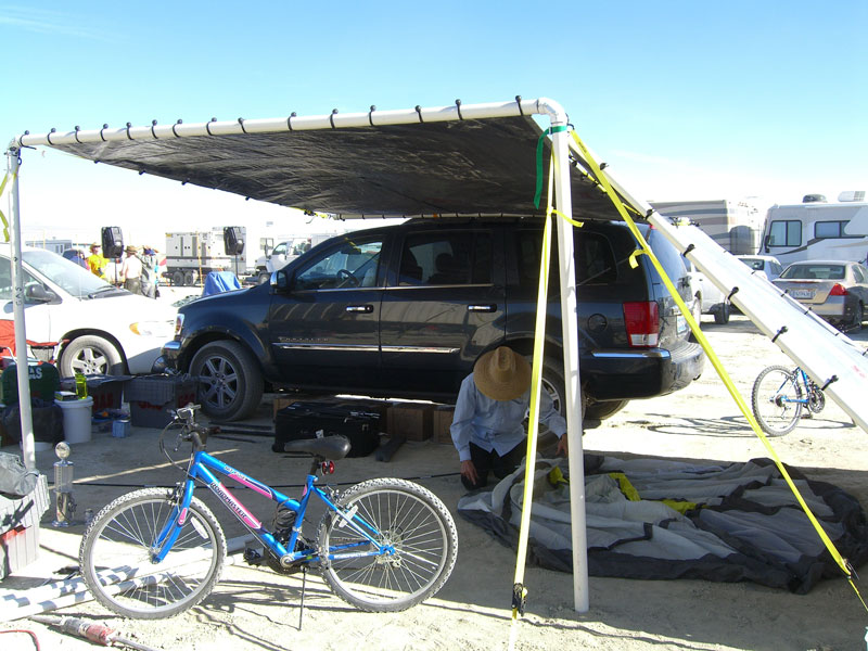 Burning Man shade structure: SUV lean-to (2008)